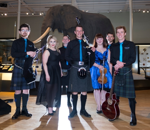 funky-ceilidh-band-with-rocking-bagpipes-scottish-entertainment